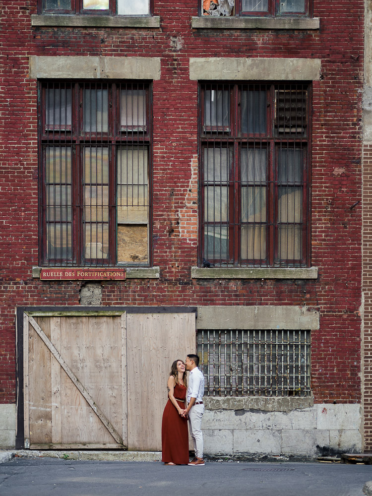 séance photo couple, montreal, shooting photo, vieux-port, industriel, photographe