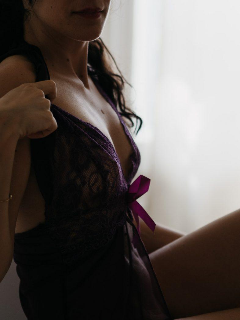 boudoir, séance photo, montréal, home studio, nu artistique, portrait femme, lingerie, glamour, féminité